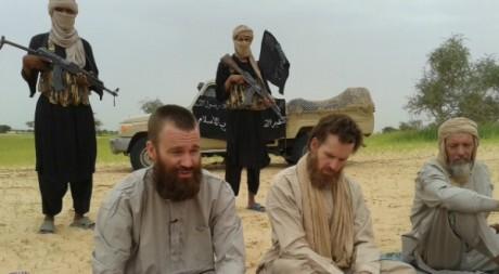 Des otages occidentaux au Mali, le 21 août 2012. AFP photo/Al-Jazeera/ HO