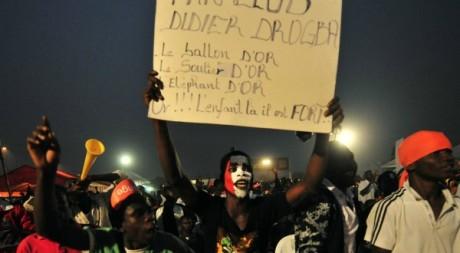 Fan club pour l'attribution du Ballon d'or à Didier Drogba, Abidjan, fvrier 2012.© SIA KAMBOU/AFP