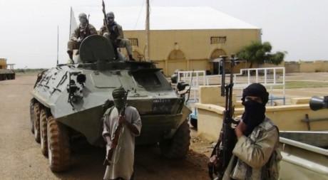 Combattants du Mujao à Gao, dans le nord du Mali, le 7 août 2012. REUTERS/Stringer .