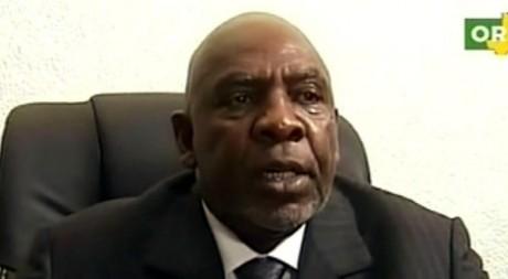 Cheick Modibo Diarra annonçant sa démission à la télévision nationale (ORTM) le 11 décembre 2012. AFP/ORTM