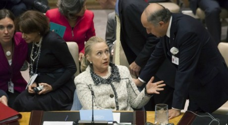 Hillary Clinton et Laurent Fabius, siège de l'ONU, 26 septembre 2012. © MICHAEL NAGLE / AFP