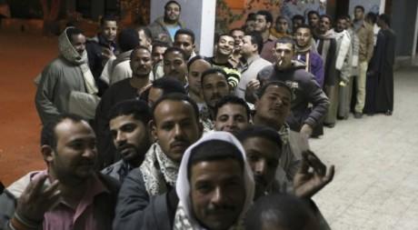 Bureau de vote pour le référendum sur la Constitution le 22 décembre 2012 à Bani Sweif. Reuters/Stringer Egypt