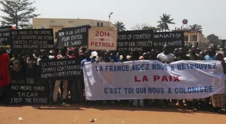 Des partisans du président François Bozizé. Le 27 décembre 2012. Reuters/Stringer
