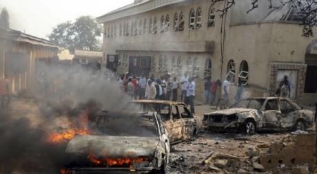 Explosion d'une bombe près d'une église à Madalla, décembre 2011. © REUTERS/Afolabi Sotunde