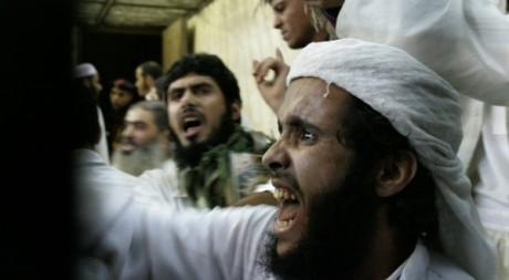 un membre du groupe égyptien Tawhid wal Jihad, novembre 2006. ©REUTERS/Nasser Nuri