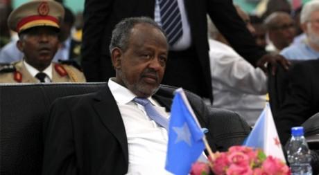 Le président de Djibouti Ismail Omar Guelleh en Somalie le 16 septembre 2012. REUTERS/Omar Faruk