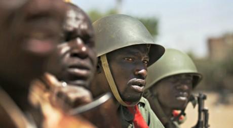 Soldats maliens à Gao le 21 février 2013. REUTERS/Joe Penney