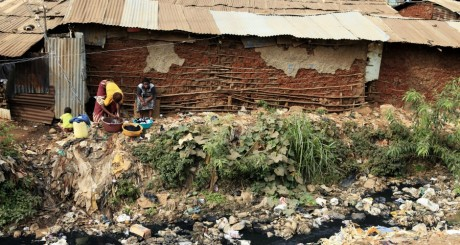 Le bindonville de Kibera, Kenya, mars 2013 / REUTERS