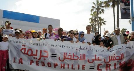Marche blanche contre la pédophilie, Casablanca, 5 mai 2013 / REUTERS