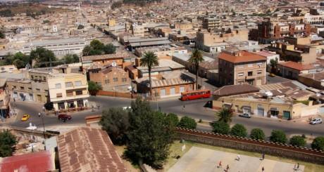 Vue d'Asmara, capitale de l'Erythrée, by alfredo_felletti via Flickr CC.