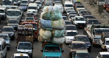 Circulation routière dans le Vieux Caire / REUTERS