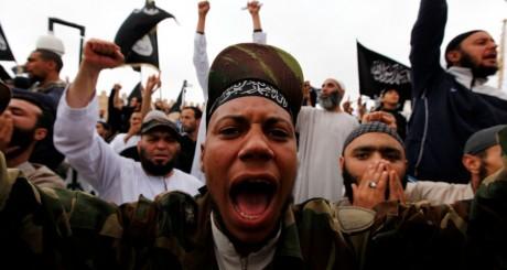 Manifestations de salafistes à Kairouan en Tunisie le 20 mai 2013.REUTERS/Anis Mili