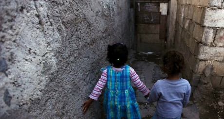 Fillettes, Alger / REUTERS