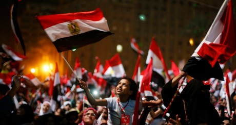 Explosion de joie après l'annonce du général Sisi, Caire, 3 juillet 2013. REUTERS/Suhaib Salem