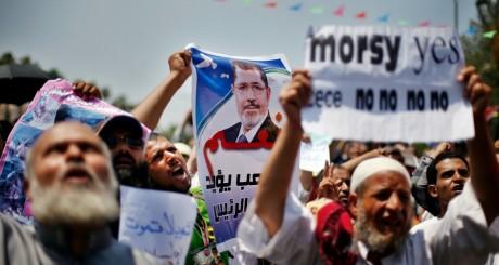 Partisans de Mohamed Morsi, Le Caire, 12 juillet 2013 / Reuters
