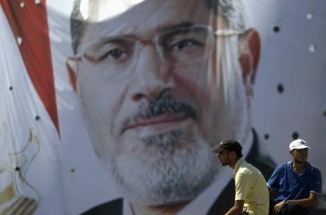 Affiche du président déchu Mohamed Morsi, à Rabaa al Adawiya, le 11 août, au Caire. REUTERS/Amr Abdallah Dalsh