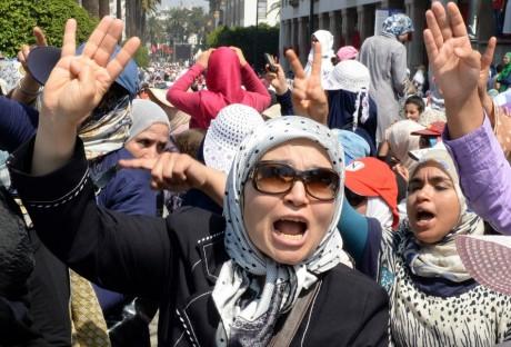 Manifestation de soutien aux pro-Morsi, le 18 août, à Rabat. FADEL SENNA / AFP