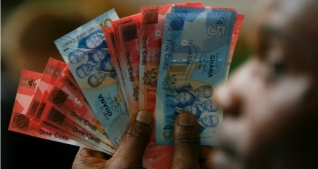 Billets CEDI ghanéens, 4 juillet 2007 / REUTERS