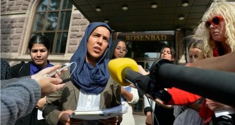 """Fatima Doubakil, l'une des initiatrices du mouvement """"Soulèvement pour le hijab"""", Stockholm, le 20 août 2013 / REUTERS"""