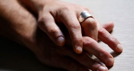 Un couple homosexuel / Reuters