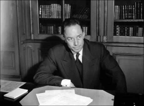 Albert Camus. STRINGER / AFP