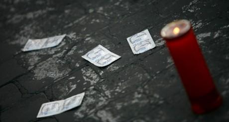 Au Kenya, certains préfèrent les ARV aux préservatifs / Reuters