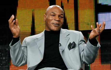 Mike Tyson sur le plateau de la télé-réalité Taking on Tyson aux États-Unis,  REUTERS/Mario Anzuoni