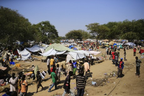 Un camp de réfugiés près de Bor. REUTERS/James Akena