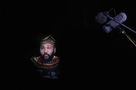 Dieudonné au théâtre de la Main d'or.  REUTERS/Gonzalo Fuentes