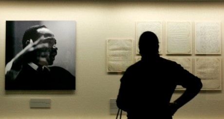 Portrait de Martin Luther King Jr au Morehouse College Martin Luther King, Atlanta. REUTERS/Tami Chappell.