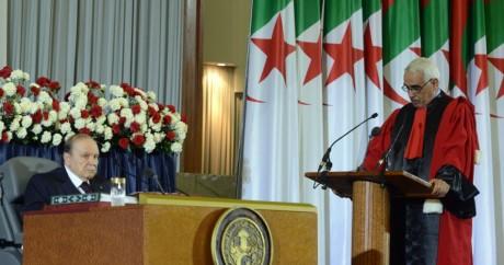 Abdelaziz Bouteflika et le président de la Cour suprême algérienne, 28 avril 2014 / AFP