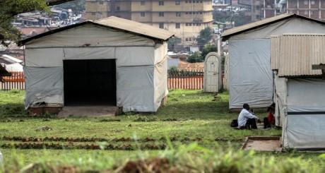 Un camp d'isolement de personnes suspectées d'Ebola à Mulago, Ouganda / REUTERS