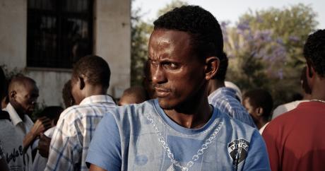 Un immigré africain à Tel-Aviv, le 24 mars 2014. Sasha Kimel via Twitter.