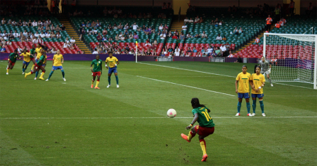 Une rencontre entre le Cameroun et le Brésil aux JO 2012. Crédit: Marc via Flickr