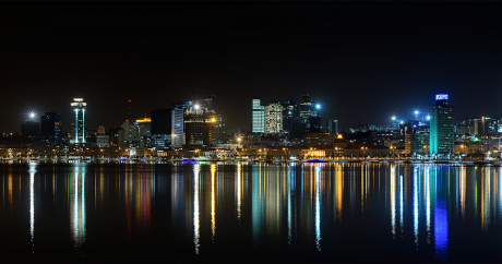 Une vue de la baie de Luanda, capitale de l'Angola. Carlos Resende via Flickr