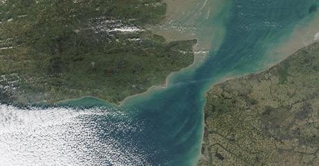 Le passage le plus étroit entre l'Angleterre et la France, de Douvres au cap Gris-Nez, vu par la Nasa sur une image satellite de