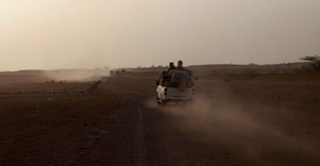 Un pick-up de retour de Libye à Agadez en mai 2014 (REUTERS/Joe Penney)