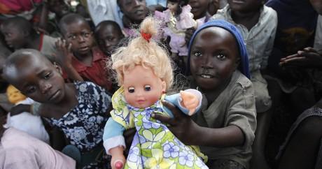 Des enfants dans un camp de réfugiés dans l'est du Congo, le 7 août 2013. Crédit photo: REUTERS/Thomas Mukoya