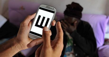L'application Peek utilisée au Kenya. Crédit photo: TONY KARUMBA / AFP