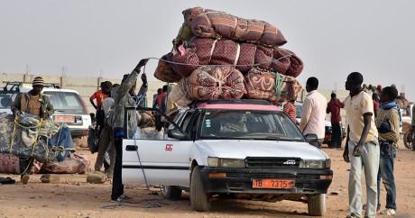 Des migrants ouest-africains à Agadez au Niger, le 30 mai 2015. Crédit photo: ISSOUF SANOGO / AFP