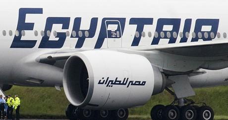 Un appareil de la compagnie Egypt Air, le 15 juin 2013 à l'aéroport de Glasgow. Crédit photo: Andy Buchanan / AFP