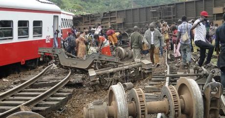 Le train a déraillé dans la ville d'Eseka, le 21 octobre. STRINGER / AFP