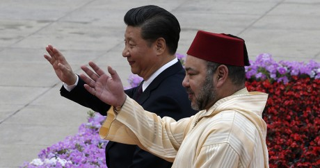 Mohammed VI et Xi Jinping, le 11 mai 2016 à Pékin./ KIM KYUNG-HOON / POOL / AFP
