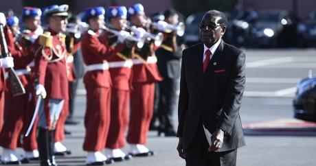 Robert Mugabe à Marrakech, le 15 novembre 2016. STEPHANE DE SAKUTIN / AFP