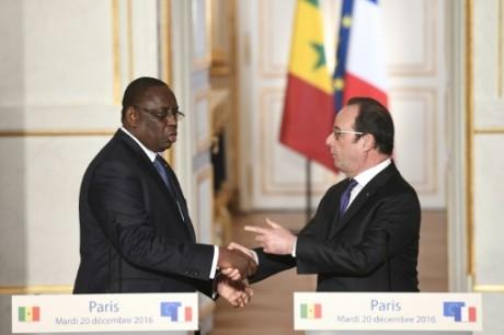 François Hollande et Macky Sall le 20 décembre 2016 à l'Elysée. AFP/Alain Jocard