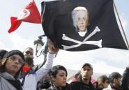 Le Premier ministre tunisien «dégagé» par la rue