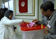 En France, les électeurs tunisiens prennent goût à la liberté