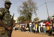 Le pays de la vendetta politico-militaire