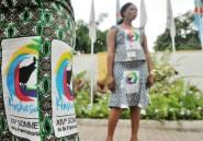 A Kinshasa, Hollande va-t-il tuer la Françafrique?
