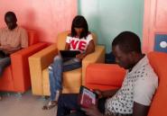Le cybercafé 100% tablettes de Dakar